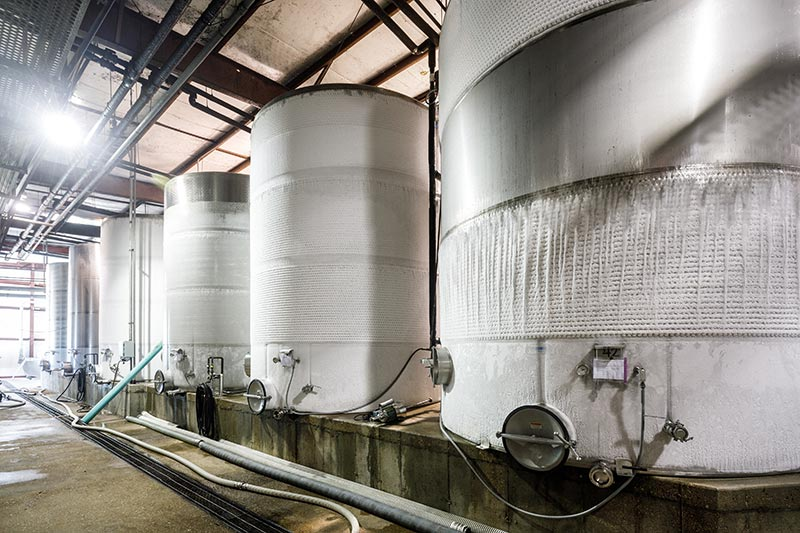 Sustainable fermentation tanks - St. James Winery